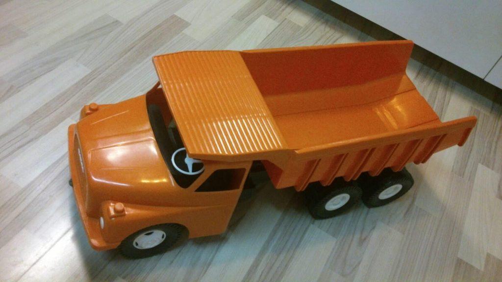Tatra - il camion indistruttibile